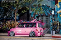130_0810_09_z+2005_scion_xb+side_view