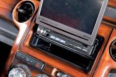 130_0810_22_z+2005_scion_xb+in_dash_unit