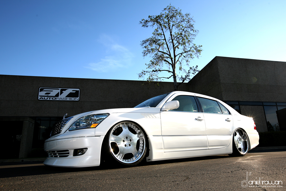 AUTOFASHION'S 2001 LEXUS LS430