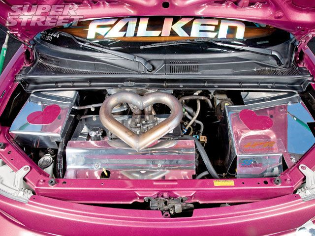 130_0810_15_z+2005_scion_xb+heart_manifold